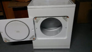 Laveuse secheuse WHIRLPOOL d'occasion