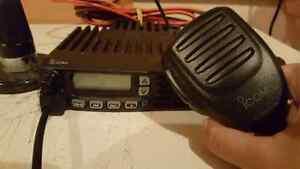 Icom VFH Mobile Radio