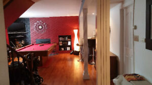 fully furnished bedrrom for rent in bedford