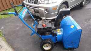 Selling a Snow Flieght 8hp 24 inch Snow blower $225