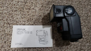 Crestline TZ7000 flash for Minolta 5000, 7000 and 9000 cameras
