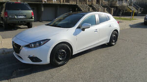 "Mazda3 Sport GS Toute equipée + Mags 18"" Noirs"