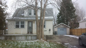 Detached 3 bedroom House for Rent Mississauga South East