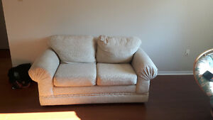 SELLING LOVESEAT ASAP