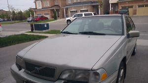 2000 volvo s70 in good condition