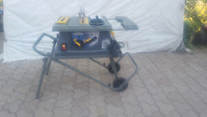 Mastercraft Maximum  Heavy Duty 15A, 10in Table Saw with Stand.