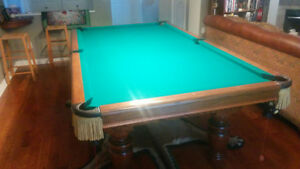 Pro-sized 4' x 8' Pool Table