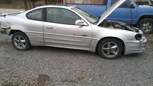 2003 Pontiac Grand Am Motor and Transmission