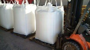 Mix Grain clean in totes