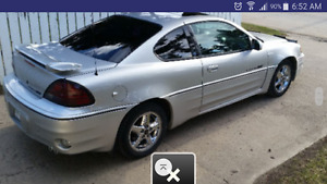 2001 Pontiac Grand Am GT Coupe (2 door. )  ONLY 148 KMS! !