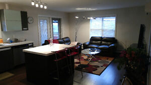 Beautiful 2 bed room, 2 bath room corner suit
