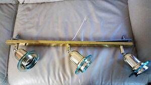 3 bulb light fixture-