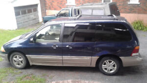 Ford Windstar  2003 automatique 219 000 km