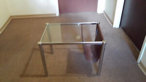Set of 2 Glass Top Coffee Tables