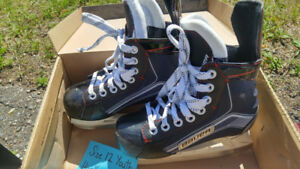 """Bauer"" Ice Skates - Youth Size 12"