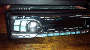 Apline - CD and CHANGER 4V Pre-outs w/remote Kitchener / Waterloo Kitchener Area image 2