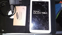 SAMSUNG TAB 3 8GB TABLET**CRACKED GLASS**WORKING-WITH CASE+PEN