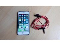 iPhone 6 silver 16gb unlocked with Beats earphones and accessories