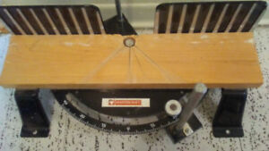 Mastercraft Bench Tool with Saw and new blades.