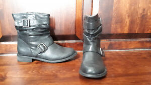 NEW BOOTS size 7.5