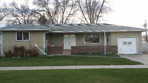Beautiful Property in Taber