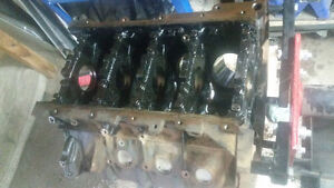 2004 Ford 5.4L 3V Bare Block with Mains