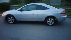 2004 Honda Accord Coupe (2 door)