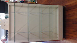 Display stand with 4 adjustable glass shelves