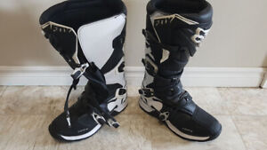 Brand new Fox Bike boots