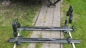 A Vendre,Support de Vélo pour toit Saguenay Saguenay-Lac-Saint-Jean image 2