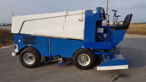 ZAMBONI 525 ICE RESURFACER