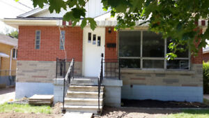 ALL FEMALE, SUMMER STUDENT RENTAL, CLOSE TO MCMASTER