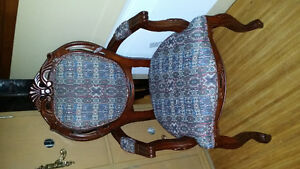 Chaise style victorienne bleu 50 $