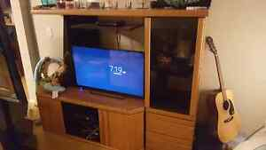 Solid oak wall unit 50 OBO priced to sell fast!! Strathcona County Edmonton Area image 1