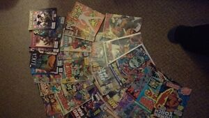 MIXED COMIC BOOK BOX - DC AND MARVEL (50 QTY)