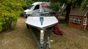 1986 glastron speed boat 115 horsepower low hours