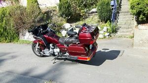 1985 Gold Wing selling to first reasonable offer