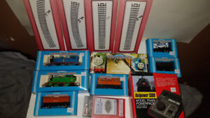 the world of Thomas the Tank Engine hornby bundle Set 1985 -Mint