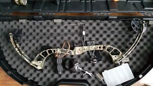 PSE Chaos compound Bow left handed Belleville Belleville Area image 1