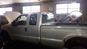 Parting out 2006 Ford F250