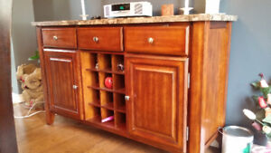 Dining Room Server with Wine Rack