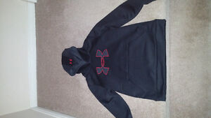 Under armour hoody youth large