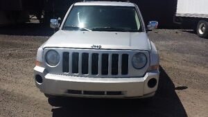 VENTE RAPIDE    JEEP PATRIOT  2008