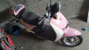 Pink Sorrento Electric Scooter for Sale