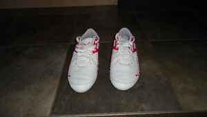 Puma runners size 8 great condition $35.00.