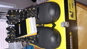"""TERRA SAFETY BOOTS """"FINDLAY"""" NEW IN BOX"""