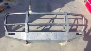 Selling a TOYOTA LANDCRUISER 80 Series Bull Bar $300 Keysborough Greater Dandenong Preview