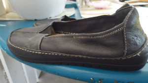 Ladies shoes from Naturalizer