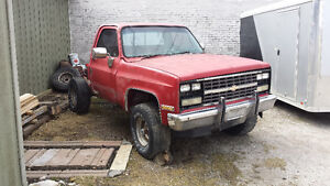 1987 Chevy shortbox.4x4 project truck