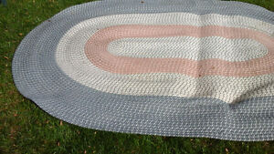5 x 8 ft oval braided rug
